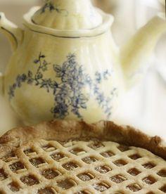 Sweet tea & pie.