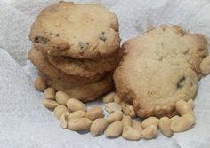 Mogyorós-csokis keksz gluténmentesen | Éles Csilla receptje - Cookpad receptek Cookies, Desserts, Food, Crack Crackers, Tailgate Desserts, Deserts, Biscuits, Essen, Postres