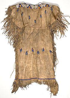 blackfoot clothing | Lot 546