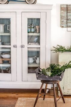 DIY 10 Inexpensive Ways To Get The Vintage Farmhouse Look !