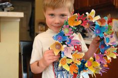Craft for the kids: Spring wreath made from recycled egg cartons http://partofthemiracles.blogspot.com/2011/05/spring-wreath-with-recycled-egg-cartons_18.html