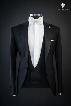 Designer Suits For Men, Designer Clothes For Men, Groom Suit Trends, Wedding Morning Suits, Wedding Suits, Blazer For Men Wedding, Tom Ford Suit, Wedding Dresses Men Indian, Blazer Outfits Men