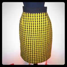 Mid Century Style Herringbone Pencil Skirt Sz 6 Mid Century Style Herringbone Pencil Skirt Sz 6 Barami Skirts Pencil