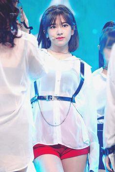 Honda, Yu Jin, Japanese Girl Group, Kim Min, Her Smile, Korean Girl Groups, Kpop Girls, My Idol, Korean Fashion