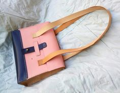 The final output. A midsize handbag. Merry Christmas!!!!  https://m.facebook.com/leatherhobby/  #leatherwork #handcrafted #fashion #style #handstitched #handmade #leathercrafthobby #leathercraft #realleather #leatherfashion #classy #madebyhand #luxury #elegant #premium #minimalist #durablegoods #longlasting #ladieshandbags #merrychristmas