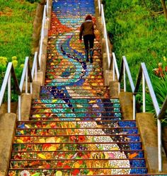 We walk the stairs in San Francisco #sanfrancisco #california