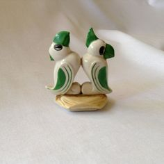 Vintage Parrot Salt and Pepper Shakers by FrancescasFavorites