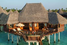 Coco Palm Dhuni Kolhu is a tropical paradise in Maldives. Located just 124 km from Male International Airport or a 30 minute flight by sea plane, Coco Palm