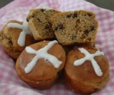Recipe Paleo Mini Hot Cross Buns by Bridget O'Donoghue, learn to make this recipe easily in your kitchen machine and discover other Thermomix recipes in Baking - sweet. Sweet Recipes, Whole Food Recipes, Thermomix Bread, Paleo Baking, Hot Cross Buns, Primal Recipes, Paleo Treats, Foods With Gluten, Food To Make