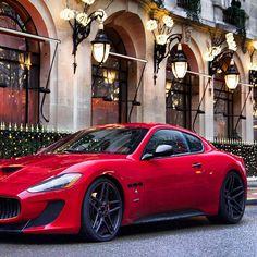 lass & Elegance | 2013 Maserati GranTurismo Sport