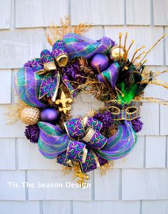Hey, I found this really awesome Etsy listing at https://www.etsy.com/listing/258671254/mardi-gras-wreath-for-the-door-or-home
