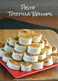 Pesto Tortilla Rollups are to die for. Use GF tortilla. The pestos are very different so their flavors really stand out. Using the beans as a base melds it all together. Vegan Appetizers, Appetizers For Party, Appetizer Recipes, Snack Recipes, Vegan Foods, Vegan Recipes, Cooking Recipes, Vegan Apps, Tapas