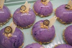 Chocolate Dome, Mousse Cake, Mini Cakes, Good Food, Cupcakes, Sweet, Desserts, Mascarpone, Candy