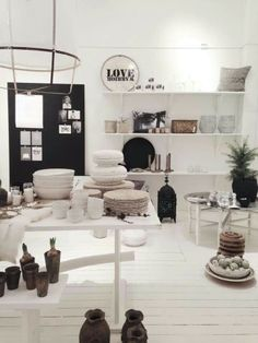 Las cositas de beach & eau retail merchandising, merchandising ideas, s Decor, Furniture, Store Decor, Interior, Home, Shop Design, Shop Interior, Shop Window Displays, Interior Design