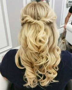 Change up your typical BLO/OUT with a simple braid!