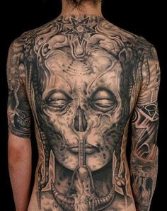 Tattoos of Artwork by H.R. Giger - Inked Magazine Hr Giger Tattoo, Giger Art, Le Corps, Beautiful Tattoos, Great Tattoos, Tattoos For Guys, Beautiful Body, Crazy Tattoos, Amazing Body