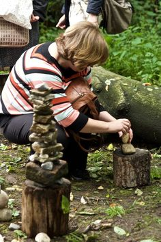 Early Excellence Open Evening - Exploring Transient Art and Sculpture with Responsible Fishing UK #nature #transientart #rockbalancing #outdoorplay #earlyyears #earlyyears