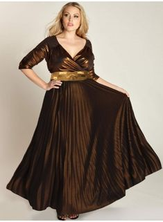9cd3737195990 Great evening gown choice for a pageant where YOU