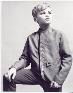 Gorgeous boy from Retro Vintage, Bomber Jacket, Boys, Jackets, Fashion, Baby Boys, Down Jackets, Moda, Fashion Styles