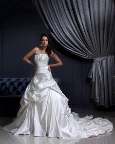 Pleated Ruffles Mermaid Bridal Gown Wedding Dress,US$350.98   Read More:     http://www.weddingsred.com/index.php?r=pleated-ruffles-mermaid-bridal-gown-wedding-dress.html