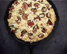 Fig and almond breakfast cake