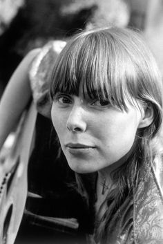 Joni Mitchel Google Image Result for http://img.karaoke-lyrics.net/img/artists/35095/joni-mitchel-161752.jpg