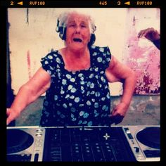 Salsa Mama DJ