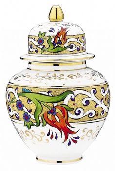 Turkish Tile Turkish Art, Turkish Tiles, Sharpie Art, China Painting, Ceramic Pottery, Home Accents, Art Decor, Home Decor, Diy And Crafts