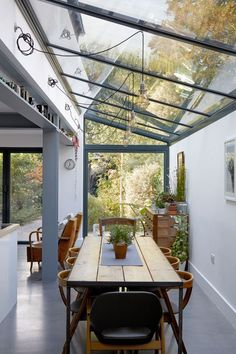 Be inspired by these beautiful modern lighting ideas, as seen on the Livingetc House Tours House Extension Design, Extension Designs, Glass Roof Extension, Extension Ideas, Open Plan Kitchen Living Room, Victorian Terrace, House Extensions, Garden Room Extensions, Interior Design Kitchen
