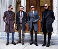 Men timeless style with a bit of rock Street Style Boy, Dapper Gentleman, Teen Fashion, Male Fashion, High Fashion, Well Dressed Men, Modern Man, Your Style, Man Style