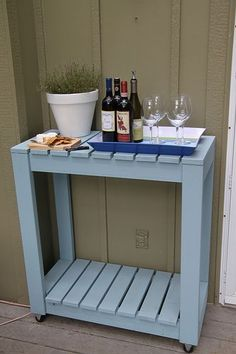 Make Yourself An Outdoor Rolling Cart