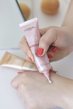 New In: L'Oreal True Match Liquid and Powder Highlights | Icy Glow | MadeFromBeauty.co.uk