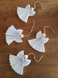 Paper Christmas Decorations, Christmas Paper, Diy Christmas Ornaments, Christmas Angels, Halloween Decorations, Christmas Activities, Christmas Crafts For Kids, Christmas Projects, Holiday Crafts