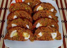 Zöldséges- gombás fasírt recept foto Christmas Desserts, Meatloaf, Curry, Dessert Recipes, Pork, Food And Drink, Diet, Christmas Deserts, Kale Stir Fry