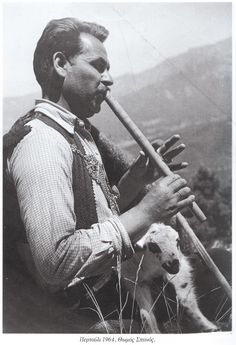 Περτούλι 1964 Old Photos, Vintage Photos, Greek History, 10 Picture, The Shepherd, The Good Old Days, Crete, The Past, Old Things