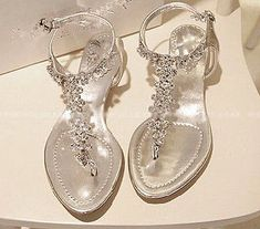 Silver Diamond Low Heel Flat Wedding Party Sandal New Womens T-Strap Thong Shoes