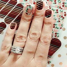 Well I think this combination just might be my new #favourite what do you think? Thanks to my awesome #jamsister and #executive for sharing this For more Jamberry ideas come follow me on Instagram: http://instagram.com/catsnailwraps