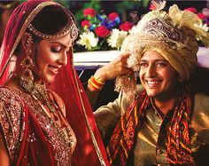 The Most Expensive Celebrity Weddings Of Bollywood Bollywood Couples, Bollywood Wedding, Bollywood Celebrities, Funny Marriage Advice, Save My Marriage, Indian Wedding Ceremony, Big Fat Indian Wedding, Indian Bridal, Indian Marriage