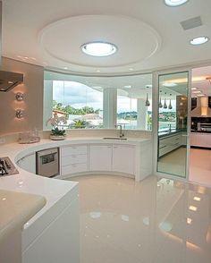 """Cozinha """"Casa Europa"""" by Arquiteta Iara Kilaris. @_decor4home @homeluxoimoveis"""