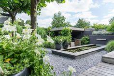 Why Teak Outdoor Garden Furniture? White Interior Design, Interior Design Living Room, Room Interior, Fresco, Outdoor Garden Furniture, Outdoor Decor, Scandinavian Garden, Terrasse Design, Porche