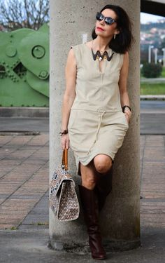 Ideal Clothes For Women Over - Fashion Trends Mature Fashion, Fashion Over 50, Winter Fashion Outfits, Trendy Outfits, Pencil Skirt Casual, Elisa Cavaletti, Cardigan Fashion, How To Look Classy, Courses