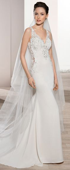 Fabulous Tulle & Acetate Satin V-neck Neckline Mermaid Wedding Dress With Beaded Lace Appliques
