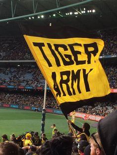 (4) Twitter Richmond Football Club, Australian Football, Rugby, Tigers, Army, Soccer, Hs Football, Football, Military
