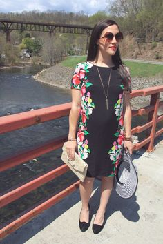 Old Navy Dress / Stella & Dot Accessories / Cynthia Vincent Pumps / Vintage Sunnies#23weekspregnant