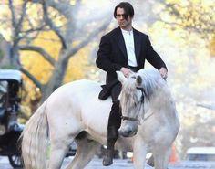 I'm not sure which is prettier...the horse or the rider!  (Colin Farrell) .... ::fallsdownandisdead::