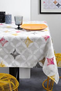 Stof - Nappe enduite APOLLONIA - 90% Coton 10% Polyester - Gris Bed Curtains, Ottoman, Quilts, Blanket, Furniture, Home Decor, Polyester, Couture, Vintage
