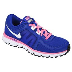 Take the electric color trend to your next workout with a new pair of athletic shoes. Fusion St 2 by NIKE