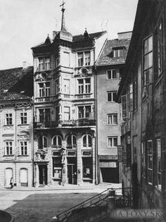 Pánska, lekáren Salvátor Bratislava, Php, Old Photos, Retro, Europe, Cities, Africa, Old Pictures, Vintage Photos