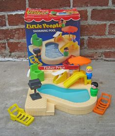 Little People Pool? Why am I finding all this cool Little People stuff that I never had!!!??? We used an old Tupperware bowl for a pool! LOL!