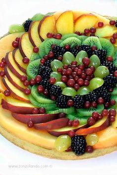 Crostata di frutta con crema pasticcera al limone - Fruit tart with lemon custard | From Zonzolando.com